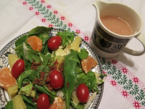 Holiday Spinach Salad with Low-Fat Viniagrette Dressing
