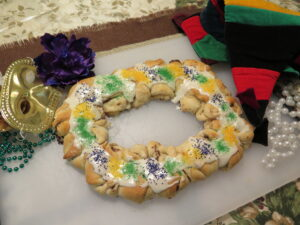 Easy Mardi King Cake with Nutella and Fig Spread